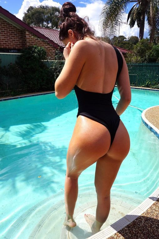 Amateur milf shaved nude wives